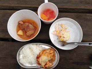 キャンプファイヤー食.JPG